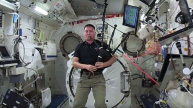 bagpipes-in-space