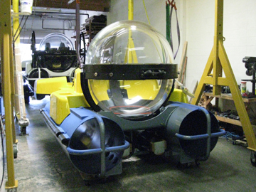 small-submarine-manufacturer-5
